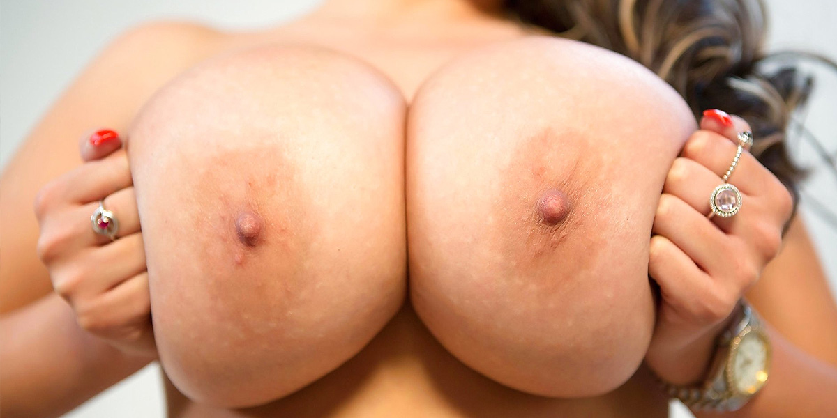 dirtybusty.com